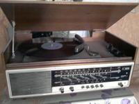 [Sprzedam] Zabytkowe radio  UNITRA  DONATINA