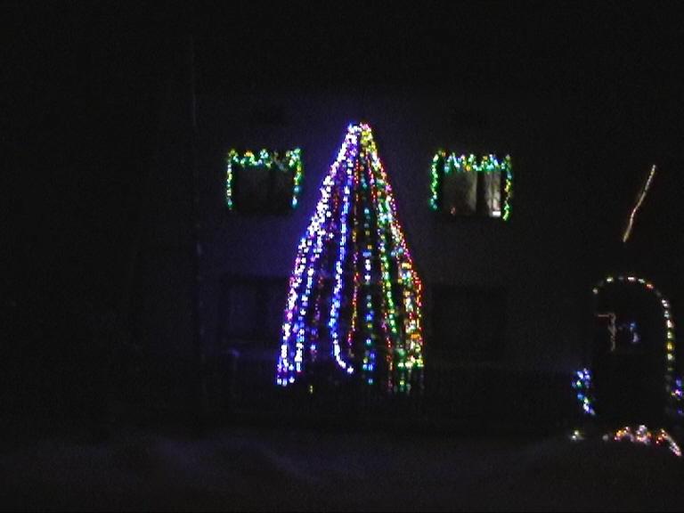 Konkurs Oświetlenie świąteczne Domu Elektrodapl