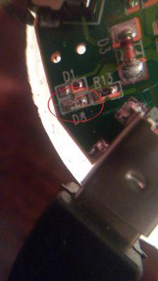 Głośnik bluetooth - co to za dioda?