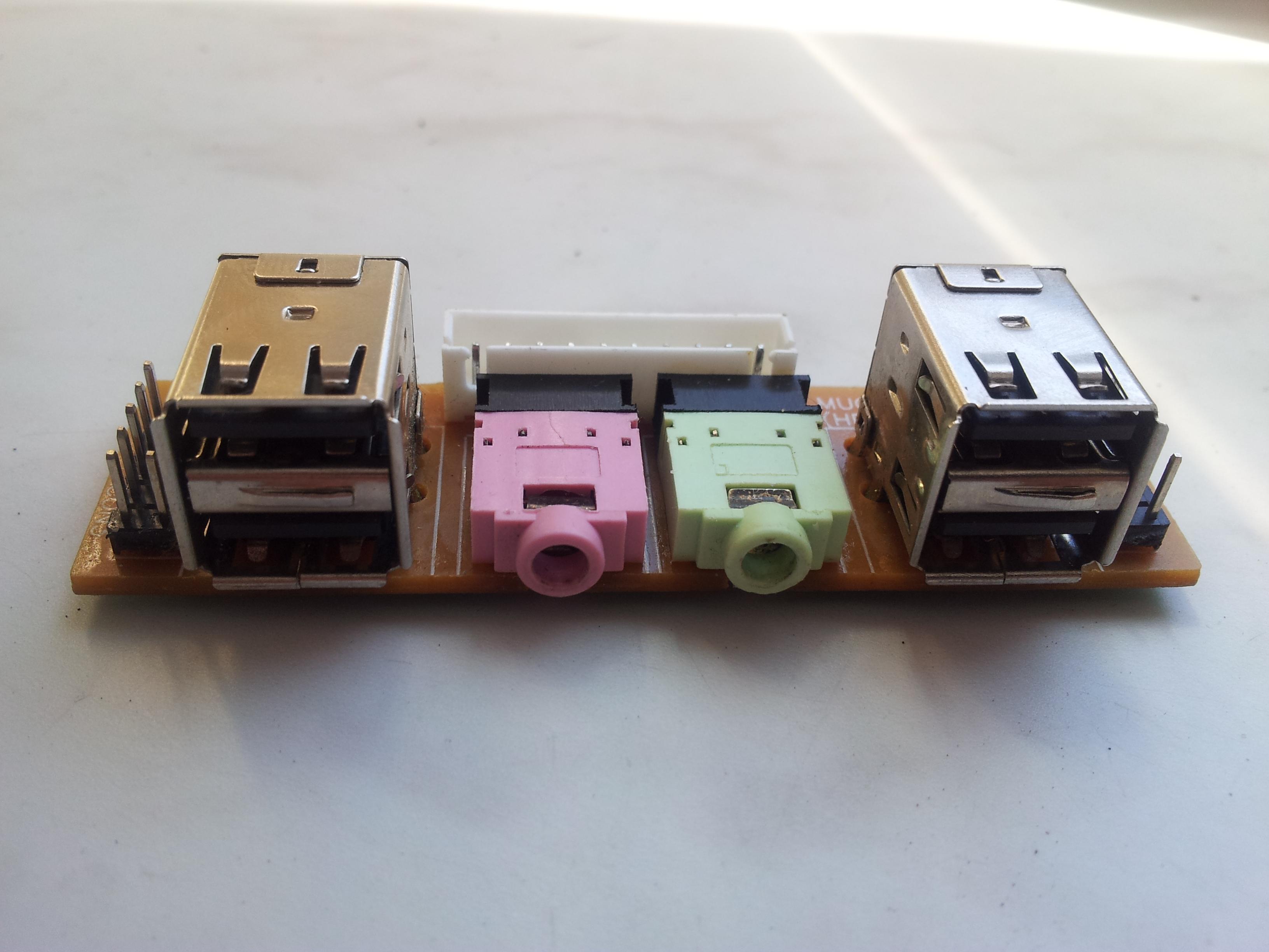 Wymiana gniazda mini jack panel przedni komputera