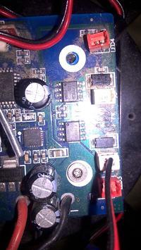 Usuwanie żyroskopu elektronicznego z drona