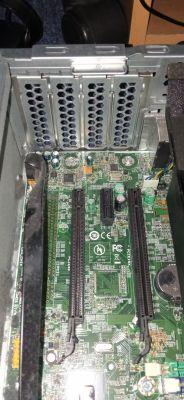 Lenovo ThinkCentre M83 SFF - Rozbudowa komputera - karta graficzna.
