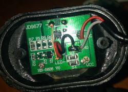 Latarka czołowa CAT Ct4200 - sama się włącza/nie da się wyłączyć