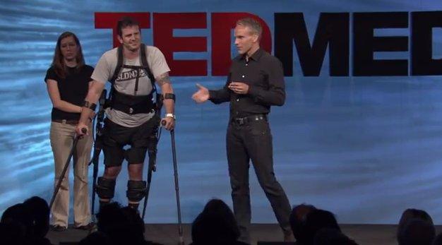 Ekso Bionics przedstawia swoj� w�asn� koncepcj� egzoszkieletu