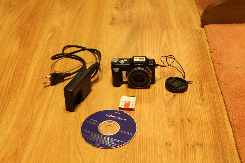 [Sprzedam] Sony dsc-H3 - zalany/uszkodzony