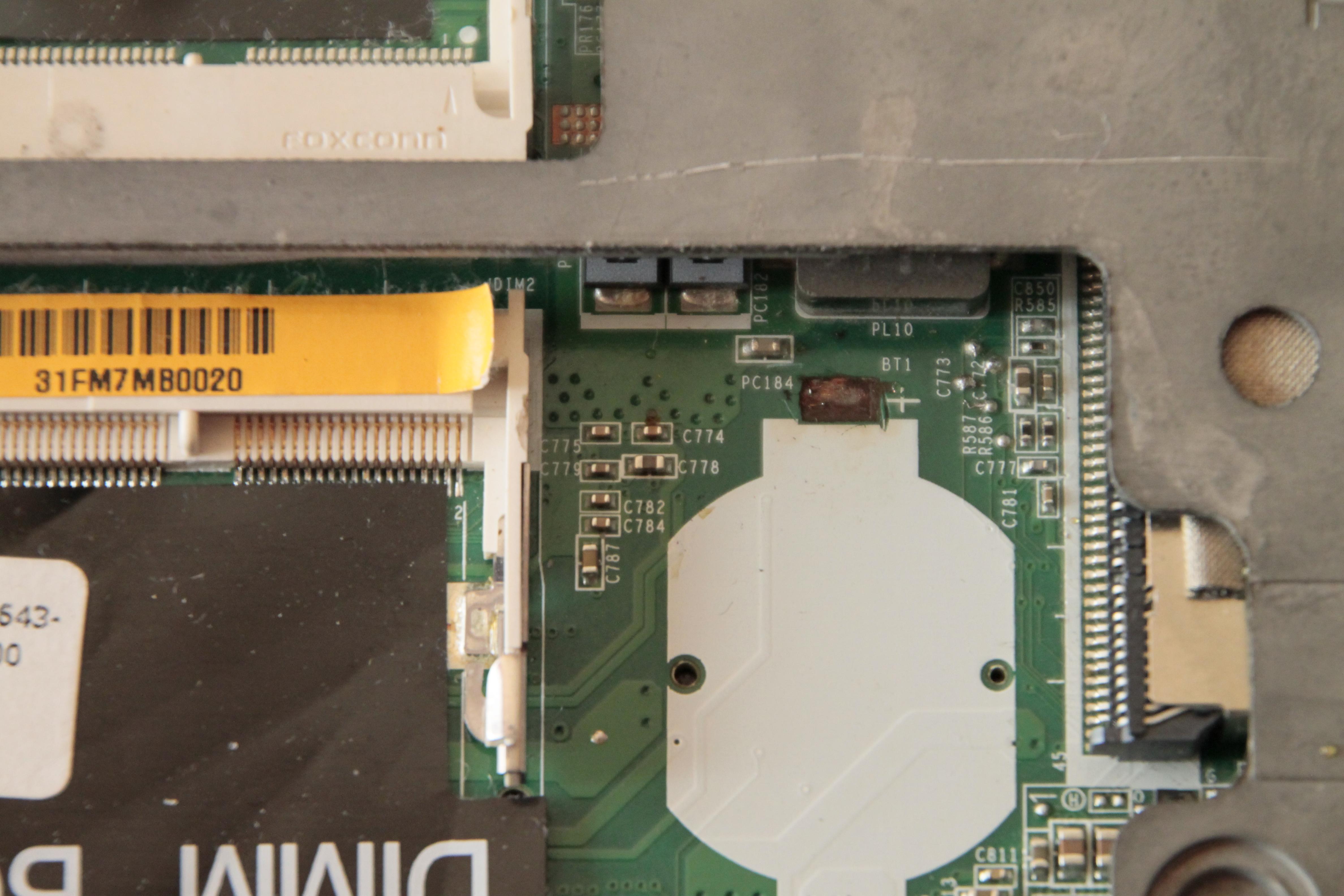 BIOS  Dell 1537  -wyrwana sciezka z plytki-nie moge odnalezc 2 konca