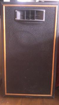 Kolumny DIY na niemieckich głośnikach