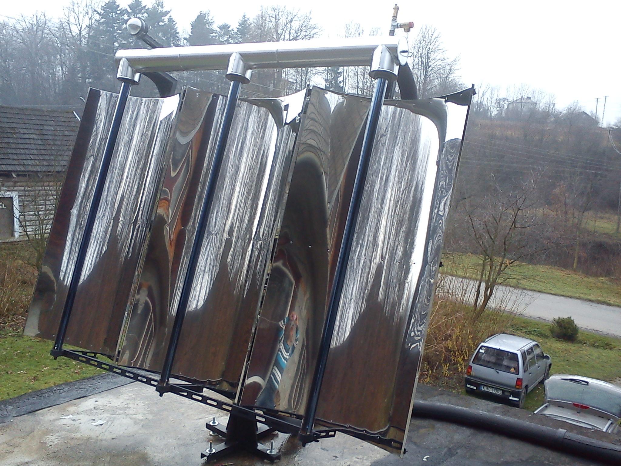 Kolektor Słoneczny Oświetlany Zwierciadłami Elektrodapl