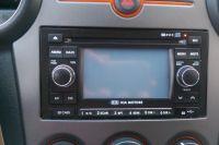 Kia Carens III - Radio smochodowe - czasem po uruchomieniu brak dźwięku