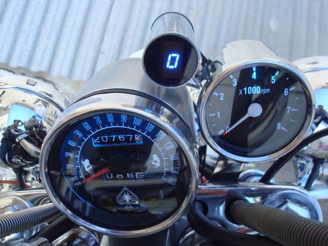 Uniwersalny wska�nik biegu do motocykli