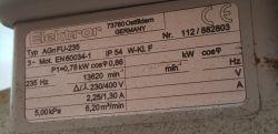 Płynna regulacja obrotów silnikiem trójfazowym mocy 0,8kW
