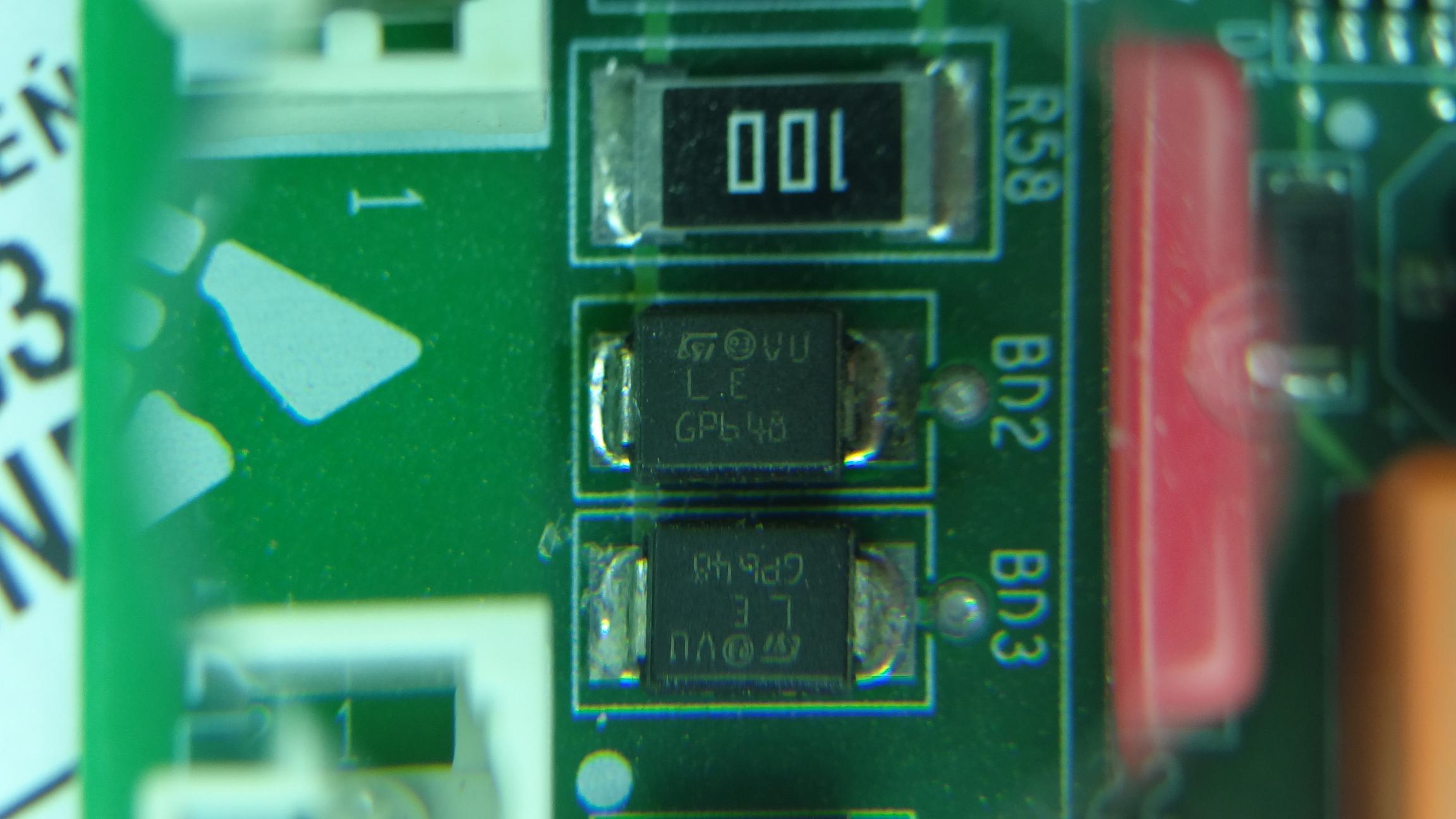 Element SMD - identyfikacja