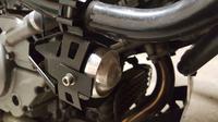 Halogeny led w motocyklu same się przełączają