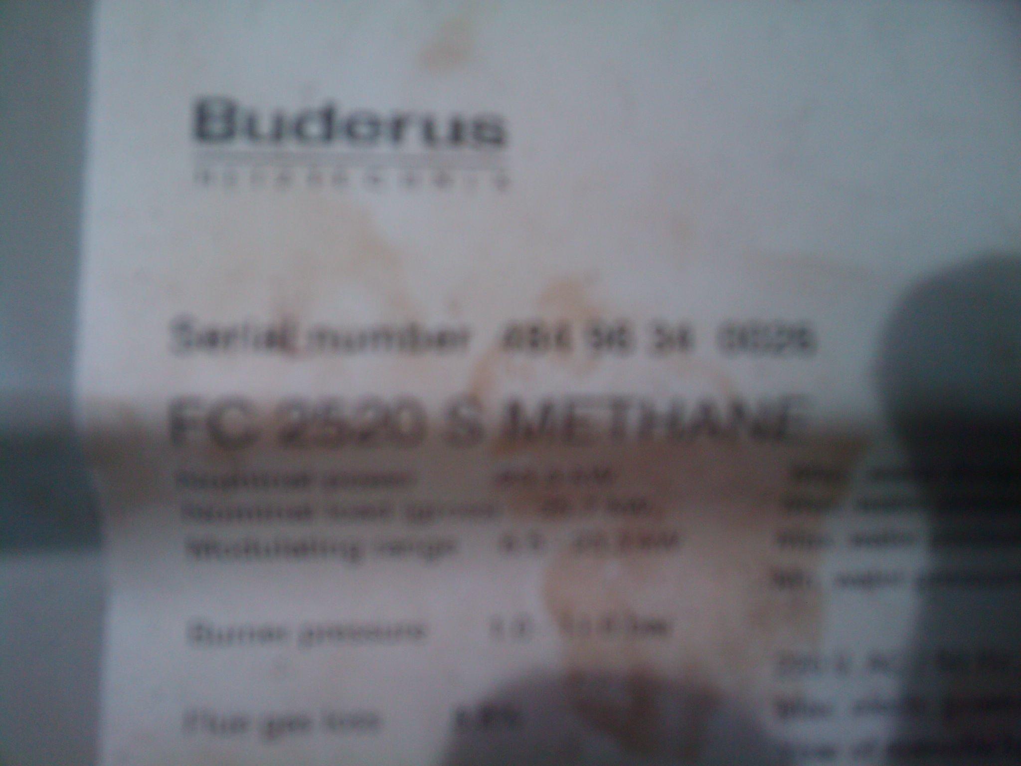 Pro�ba o zidentyfikowanie podzespo��w pieca firmy Buderus