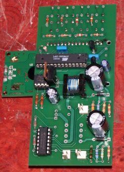 Przyrząd umożliwiający formowanie kondensatorów elektrolitycznych