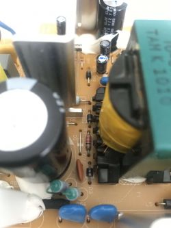 Ładowarka MAKITA DC18RA T 230V - identyfikacja elementów
