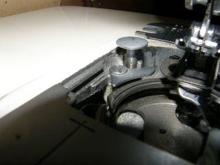 Chwytacz w maszynie do szycia lucznik 884