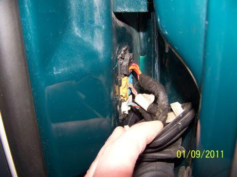Brak prądu na silniczek podnoszenia szyb Fabia1,9tdi confort 2000rok