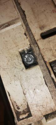 Sthil 029 - złamane klucze w śrubach od cylindra - problem z odkręceniem