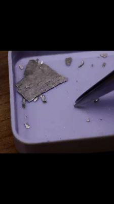 Czym złączyć kawałki mosiądzu?