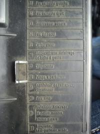 Volkswagen Golf II, 1991 - Pod��czenie radia i brak pod�wietlenia zegar�w