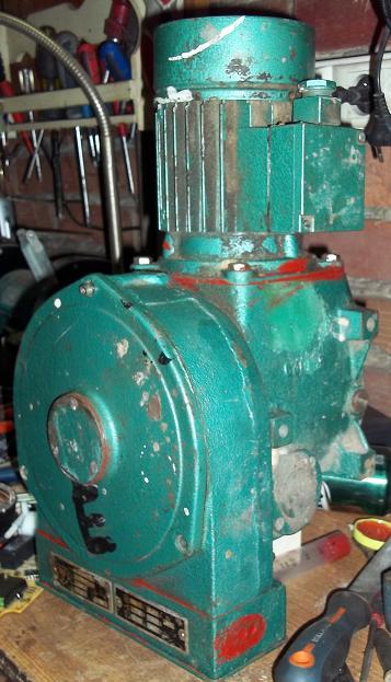 Silnik 380V/0.58A - jak pod��czy� na 230V