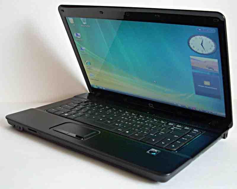 [Sprzedam] Matryca LED 15,6, 2gb ddr2, turion RMx2, laptop compaq na cz�ci