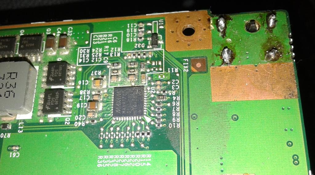 Fujitsu Esprimo Mobile V5535 - Nie w��cza si� po wymianie gniazda