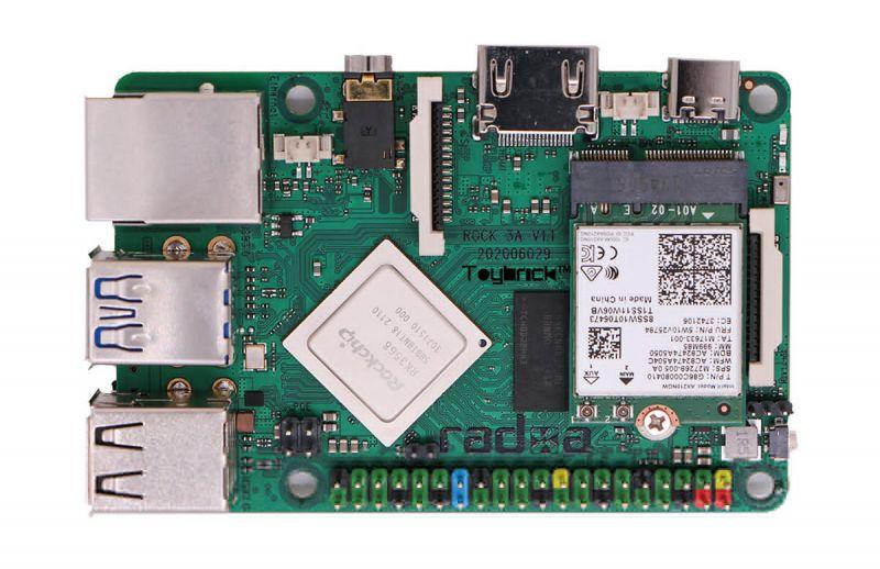 Komputer jednopłytkowy ROCK 3A z M.2 dla NVMe SSD i WiFi 6 w formie Raspberry Pi
