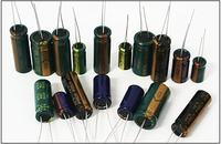 Pocz�tki elektroniki - cz.4 Kondensatory, ��czenie kondensator�w