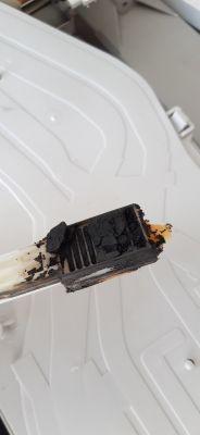 Pralka AEG/Electrolux L76820 - Urwany prawy zaczep sprężyny bębna-użyć drugiego?