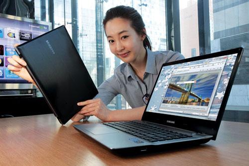 QX412 - nowy notebook z Sandy Bridge od Samsung