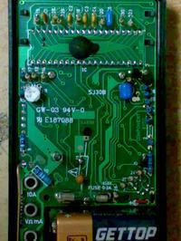 M830B - gdzie wlutowa� buzzer?
