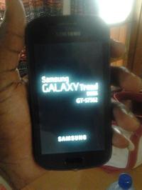 Samsung Galaxy Trend po wymianie digitizera ci�gle si� resetuje