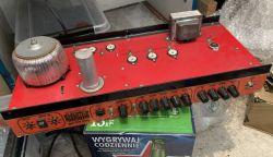 Zweikanaliger Vollröhrenverstärker für Gitarre 15 Watt
