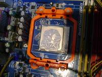 Przegrzewanie CPU + restart kilka tygodni po każdorazowej wymianie pasty