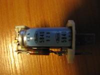 Kondensator 5840 9ZB. Szukam jego parametrów.