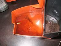 saeco odea giro - woda w pojemniku na fusy i poza ekspresem