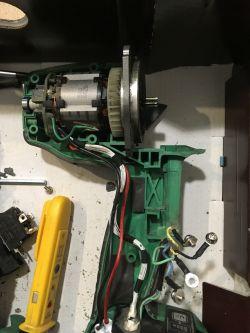 Klucz udarowy bezszczotkowy Hitachi WR16SE- zwarcie po podłączeniu