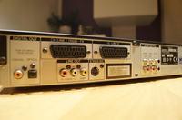 SONY - Połączenie dekodera i DVD z zestawem głośników