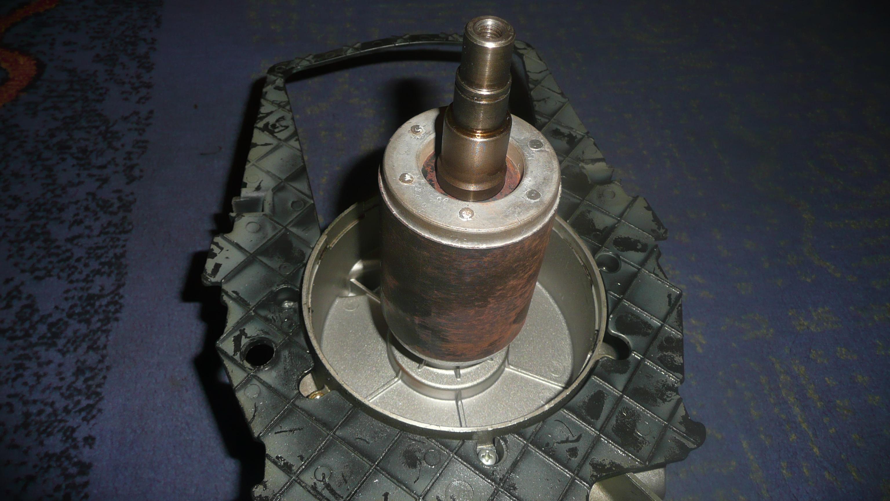 Kompresor Topex LT 50 - Zu�yty czop wa�u