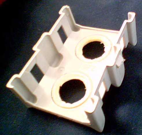 Zmywarka Whirlpool ADG4966; uszczelnienie górnego sprysku