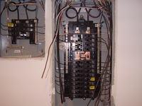 2 pytania: sieci elektryczne w USA oraz transformator...